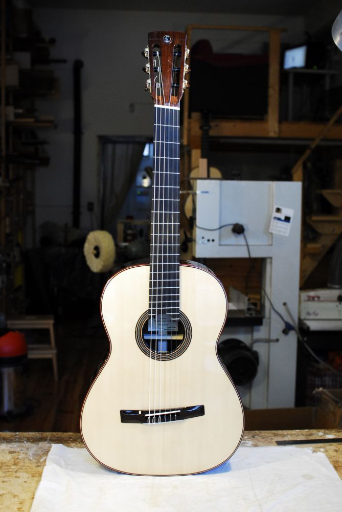 CLASSICAL FANNED FRET